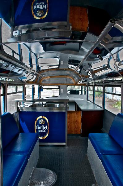 Der sympathietr ger london bus doppeldecker for Messemobel mieten