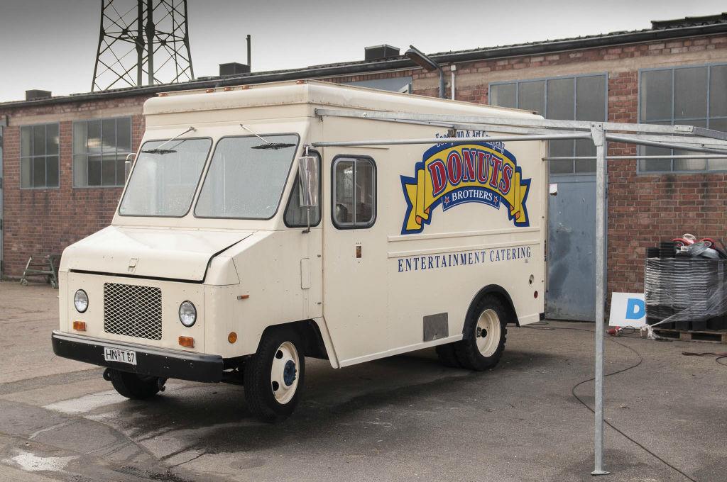 food truck ruhrgebiet stepvan koeln foodtruck catering. Black Bedroom Furniture Sets. Home Design Ideas